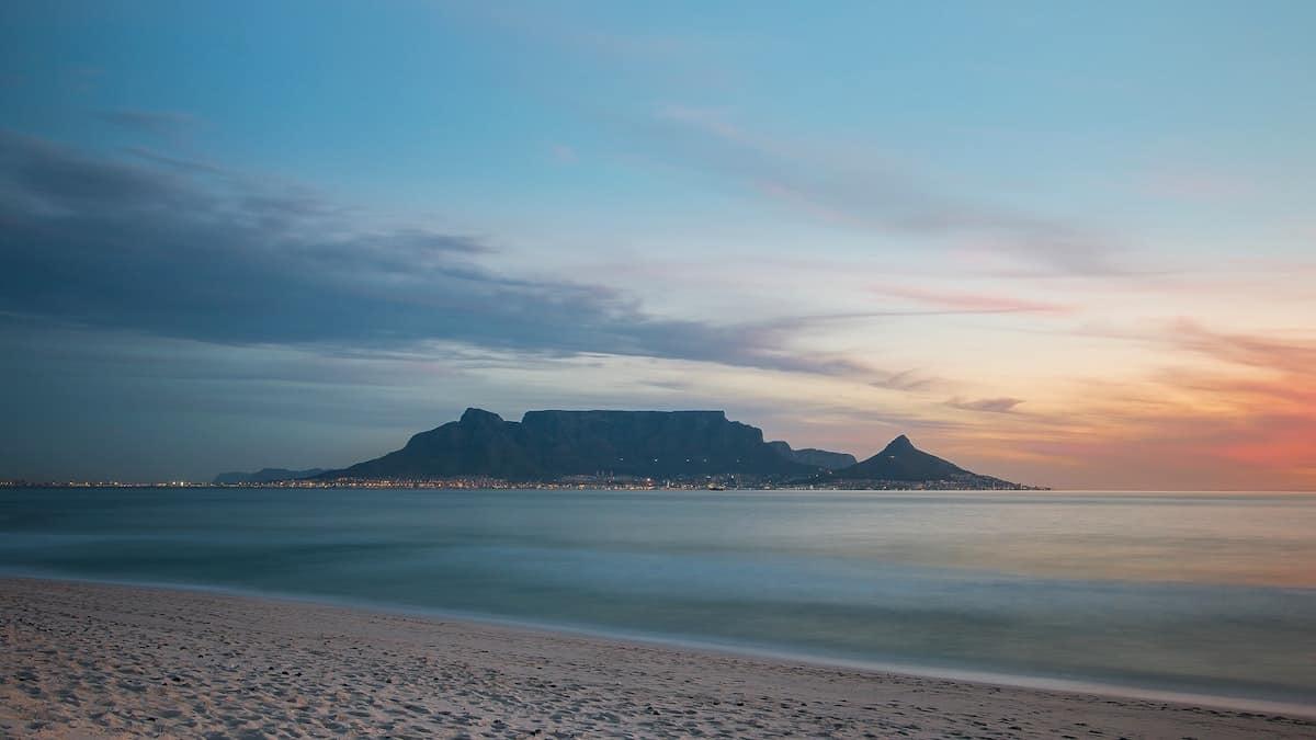 plage de Bloubergstrand Afrique du sud